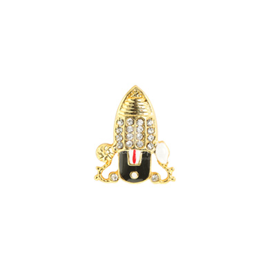 Auraa Thirupati Balaji with Conch Chakram Pendant